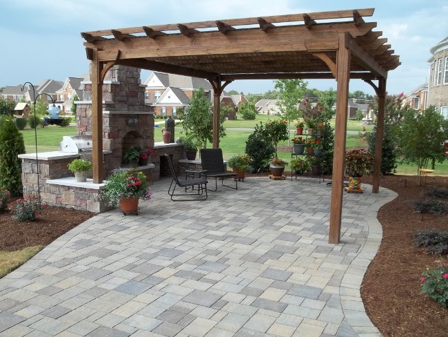 3 Easy Backyard Additions That Will Transform Your Outdoor Living Area