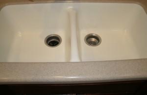 Kitchen Sink With Garbage Disposal