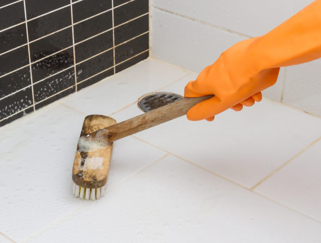 remove tub porcelain stains do how the forked hard without water from toilets scratching to spoon