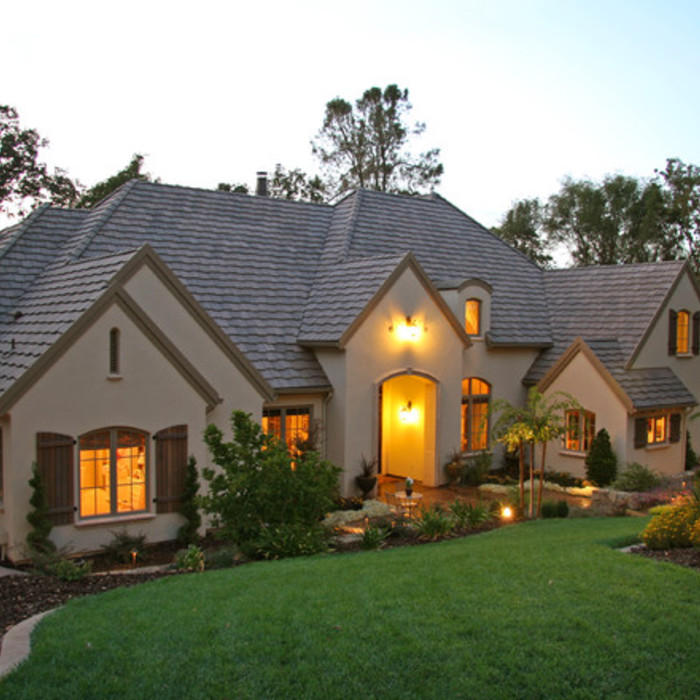 Types of roof shingles different types styles benefits for Types of roofs for houses