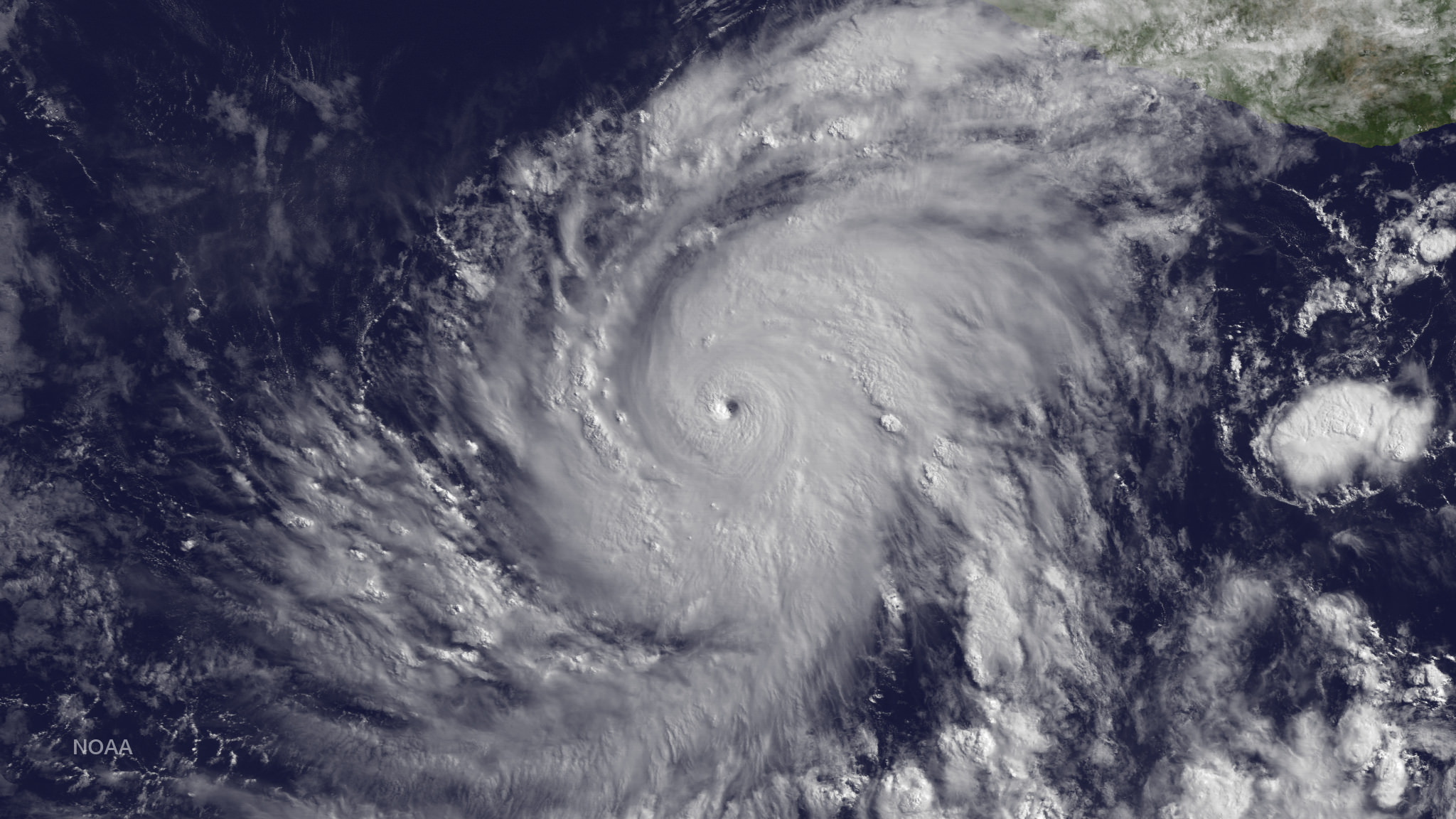 What To Do During A Hurricane Hurricane Safety Tips