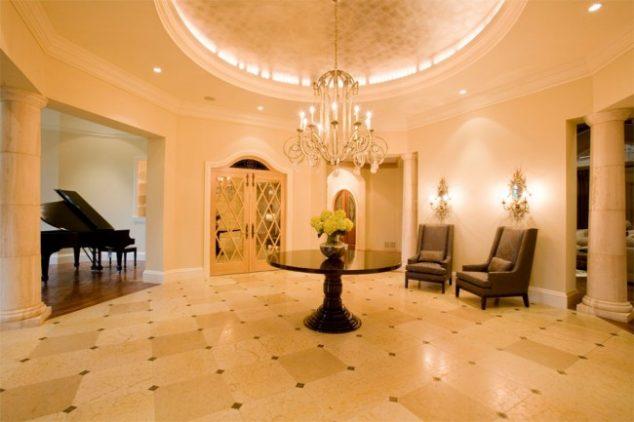 Entryway foyer