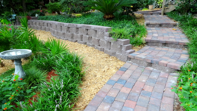 Retaining Walls - Garden Walls, Designs, & Local Landscapers