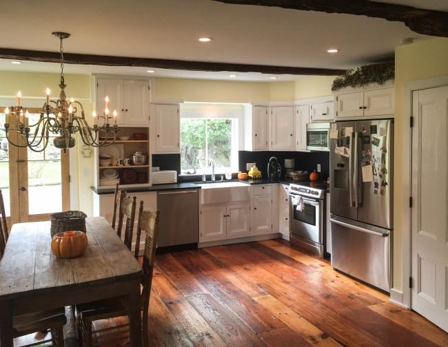Vintage kitchen remodeling q a homeadvisor for Kitchen remodel photos