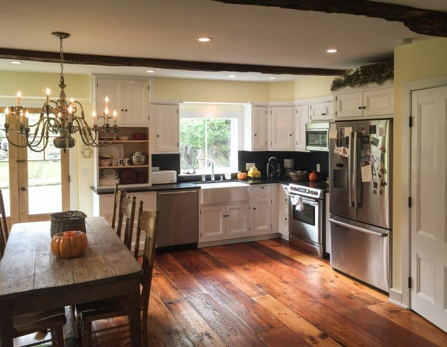 Vintage kitchen remodeling q a homeadvisor for Kitchen remodel pics