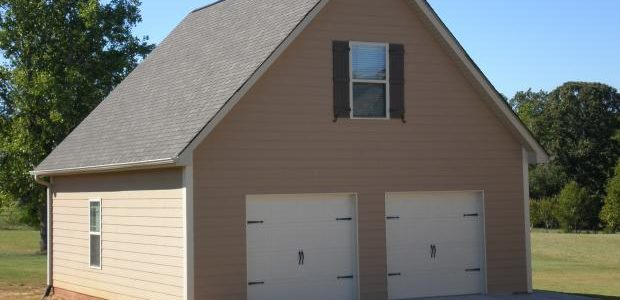 Detached vs attached garages pros cons homeadvisor for Building a detached garage on a slope