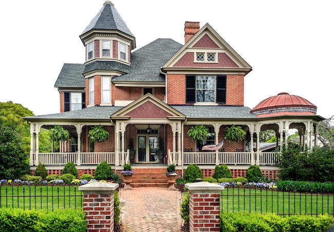 A complete guide to victorian home styles features plans for Victorian style house