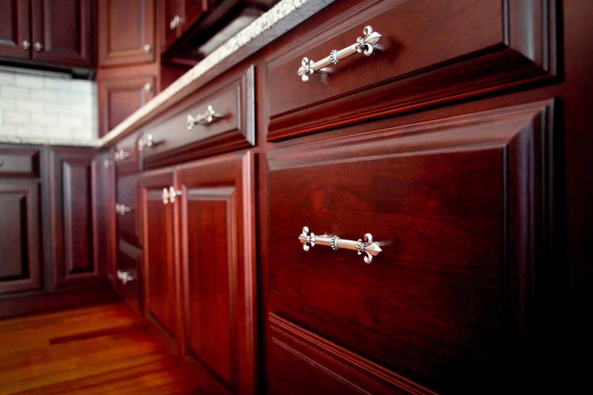 Cabinet Hardware Options