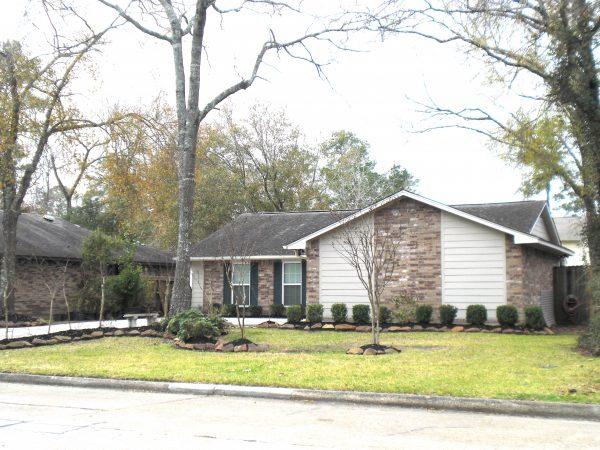 single level home exterior