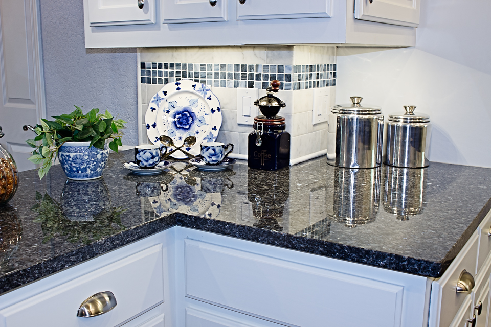 the do's & don'ts of choosing cabinets and countertops
