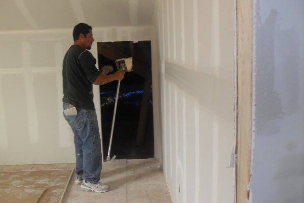 Drywall basics for the finish you want textured sheetrock - Basement bathroom cost calculator ...