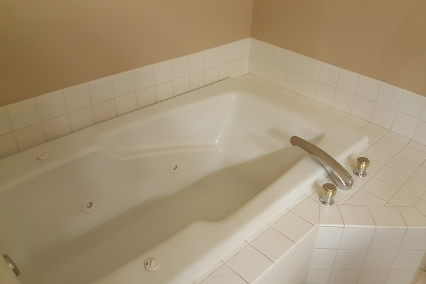 Bathtub Interior