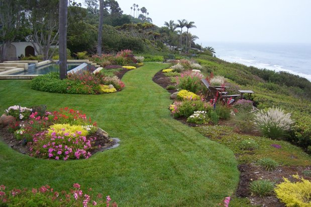 How To Hire A Landscaper Find Landscape Contractors Homeadvisor