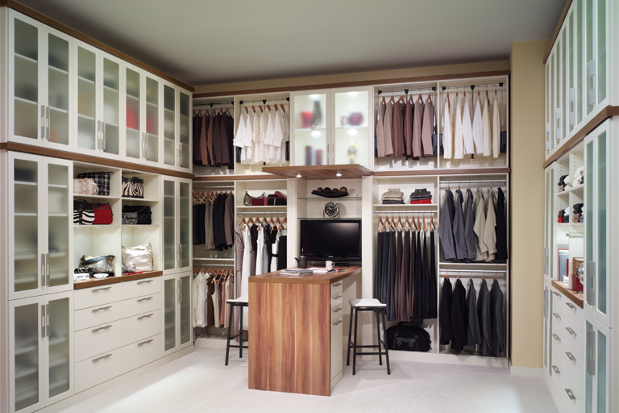 Closet Organization organize your closet, organize your life | closet organization tips