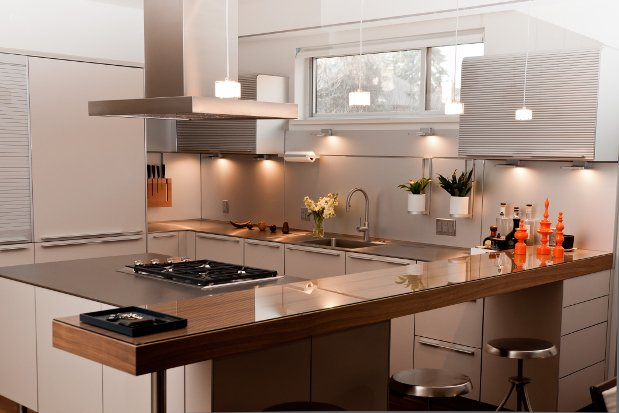 Stainless steel kitchen cabinets perfect for the modern for Metal kitchen cabinets