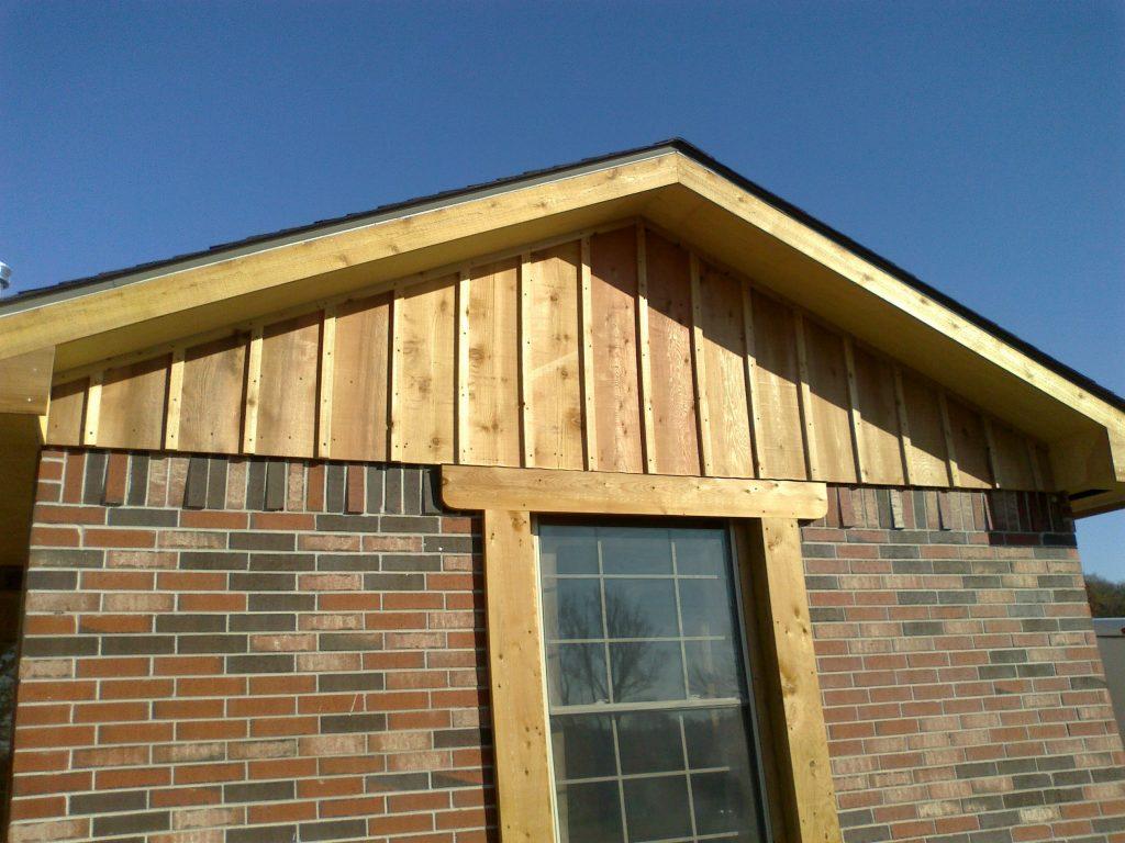 Cedar Siding Benefits Amp Maintenance Tips Homeadvisor