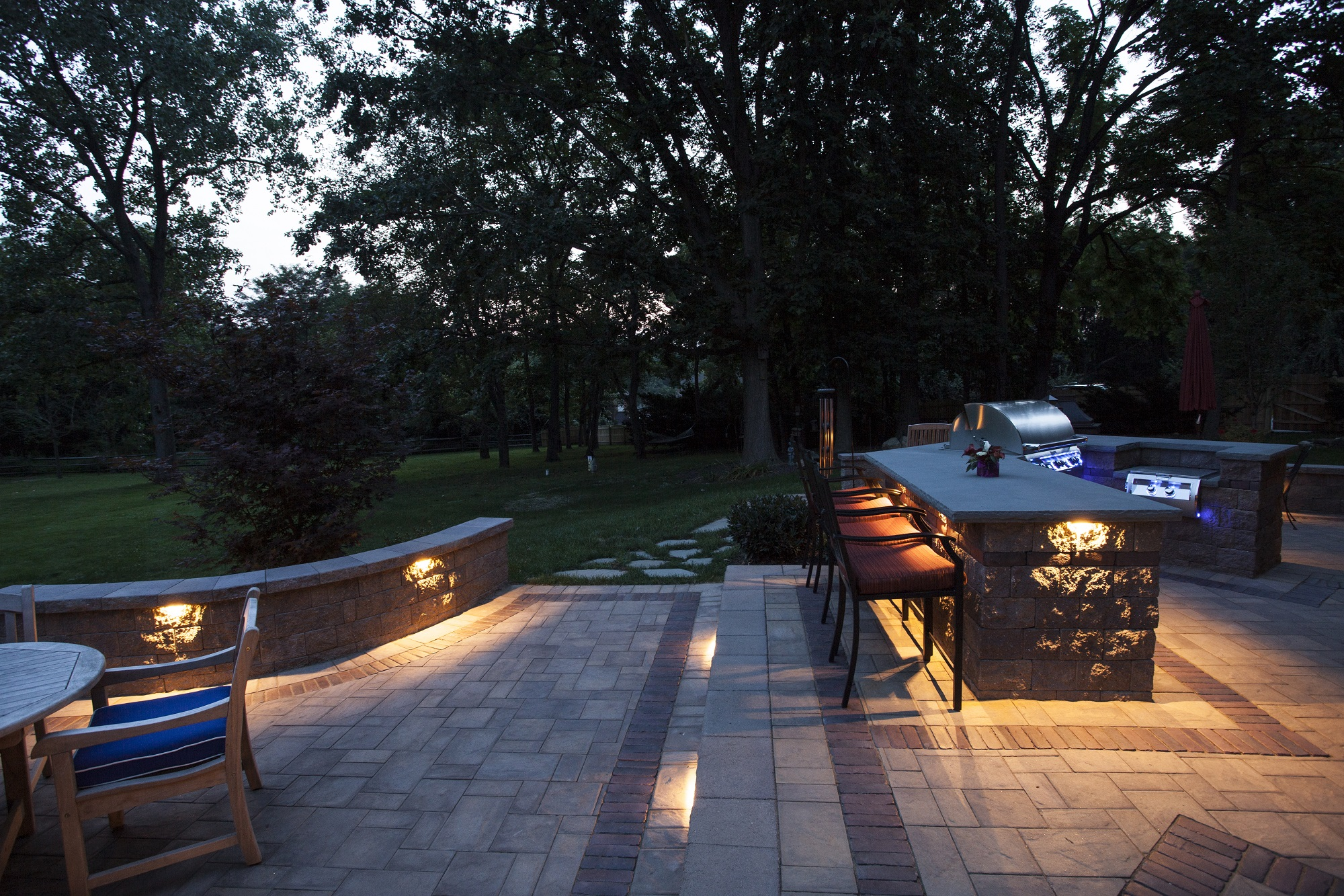 Outdoor landscape lighting design installation homeadvisor outdoor lighting aloadofball Choice Image