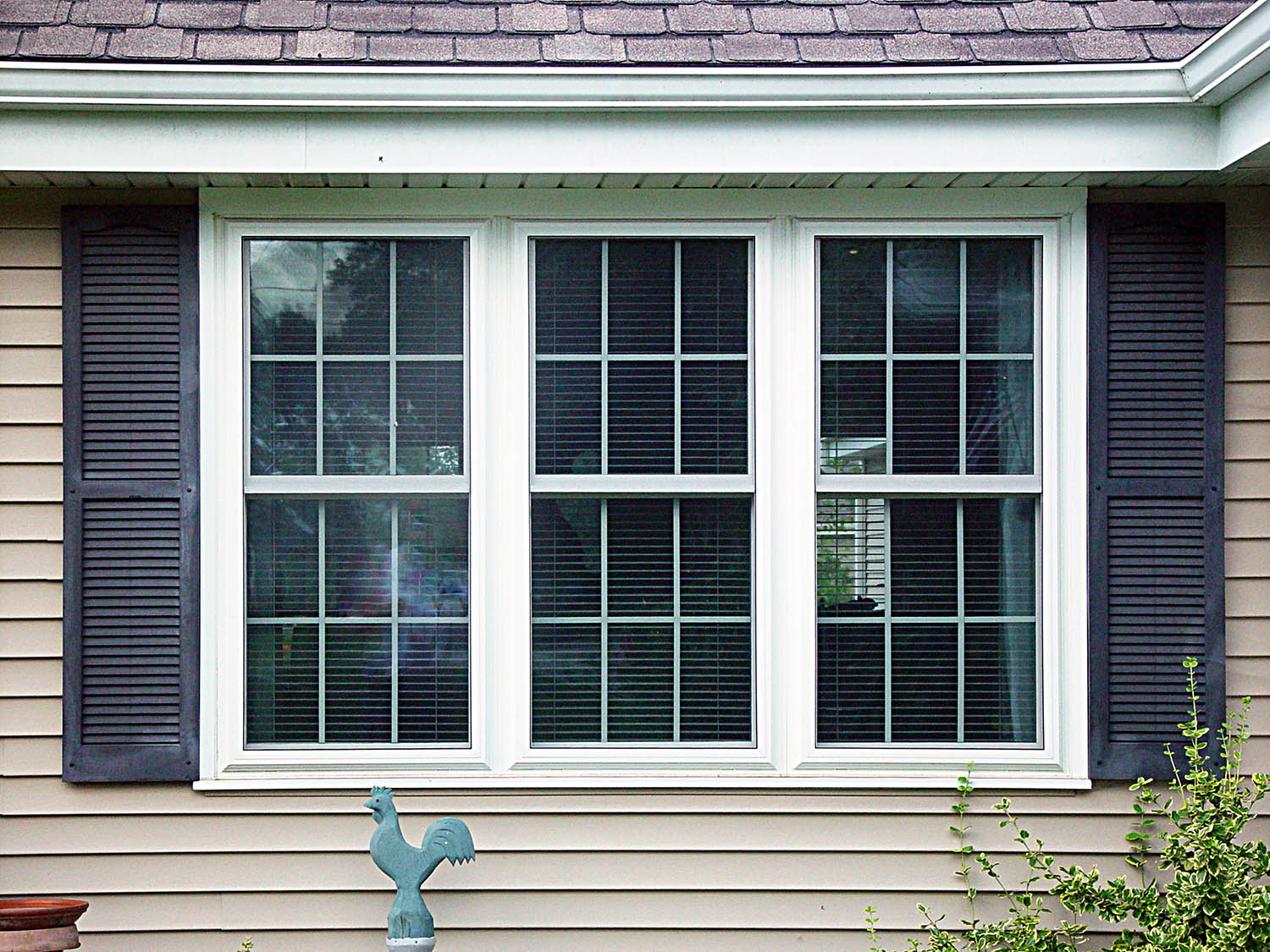 Window replacement more than meets the eye homeadvisor - Pictures of exterior shutters on homes ...