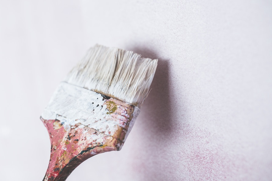 Exterior painting tips tricks homeadvisor for Exterior mural painting techniques