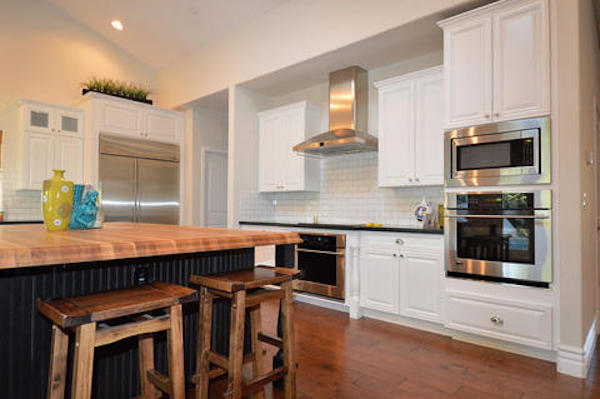 Sandstone Countertops Are Some Of The Most Beautiful Countertops Available  To Homeowners. They Are A Stunning Addition To Any Kitchen Or Bathroom  Because Of ...