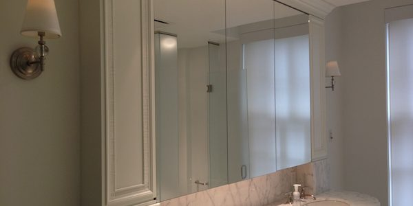 Choosing The Right Recessed Medicine Cabinet For You