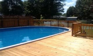 Aboveground pool deck