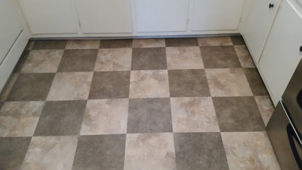 Why Hire a Pro for Vinyl Flooring Removal?