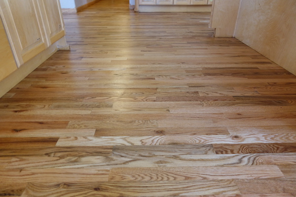 Oak flooring unfinished oak flooring prefinished oak for Hardwood flooring prefinished vs unfinished