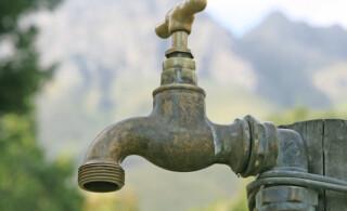 Rusty outdoor faucet