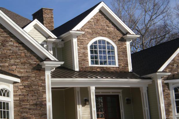 Stone veneer cultured stone veneer better than the for Stone veneer vs brick cost