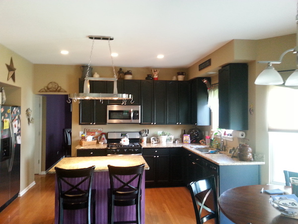 Painting wood kitchen cabinets refinish painters for Lifestyle kitchen units