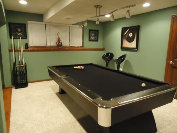 Designing a game room homeadvisor - Basement ideas for small spaces pict ...