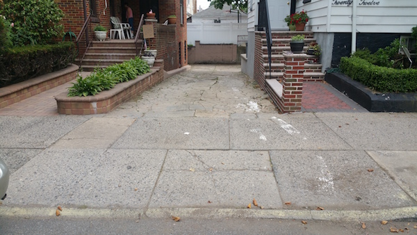 Concrete mold mold on concrete mold prevention for Bleaching concrete driveway