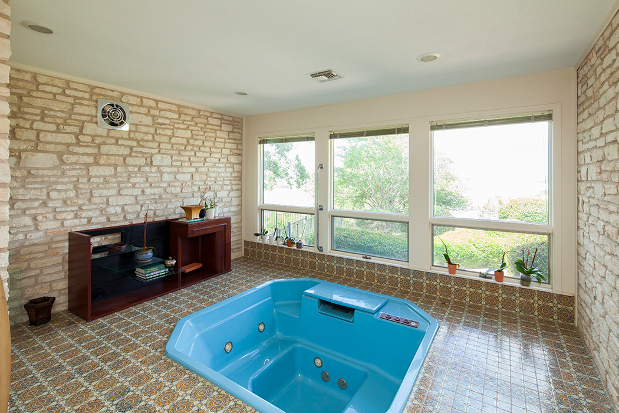 Beautiful Benefits Of An Indoor Hot Tub Part 26