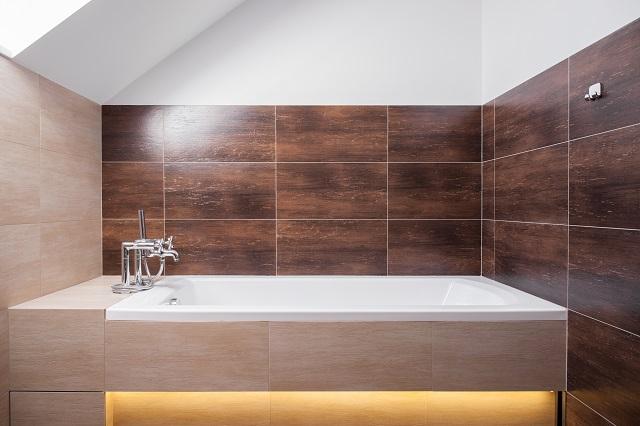 Luxury square bathtub in modern bathroom.