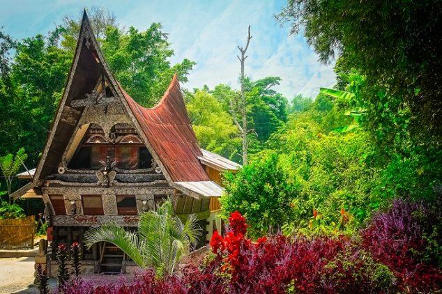 indonesian batak house