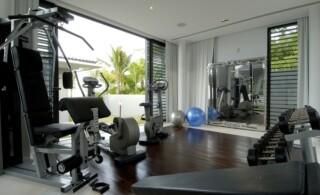 vinyl floor in home gym