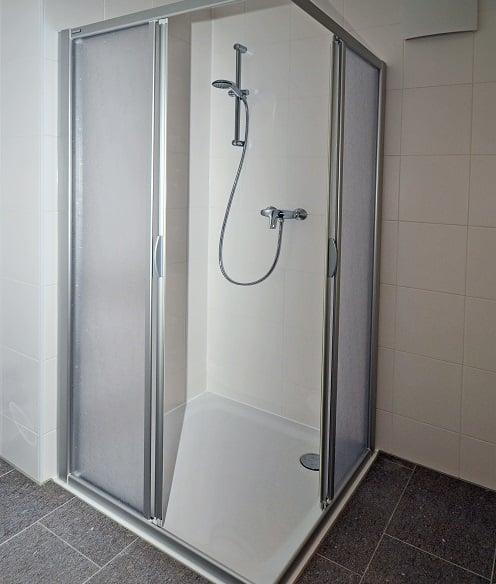 standing fiberglass shower stall
