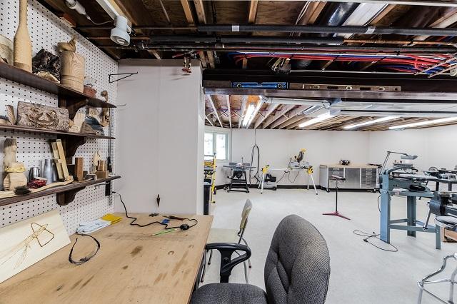 Garage woodworking workshop