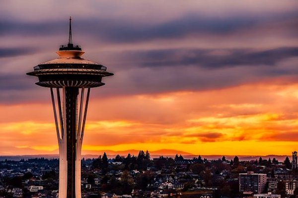 Seattle's space needle at sunset.