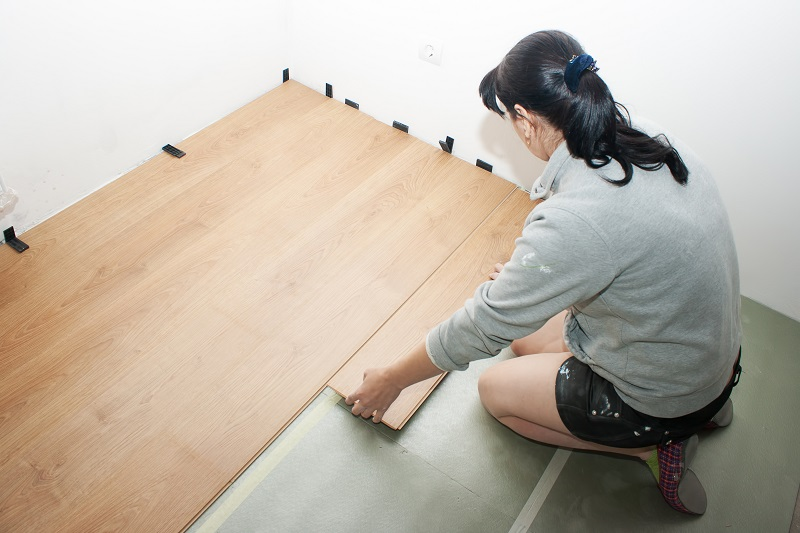 Complete Guide To Laminate Vs Vinyl Flooring Plank