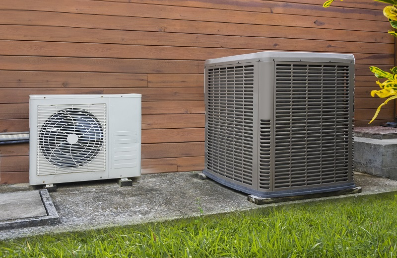 ac heat pump outside wood home