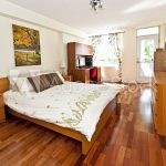 Carpet or Hardwood Floors for Bedrooms, Living Rooms and More