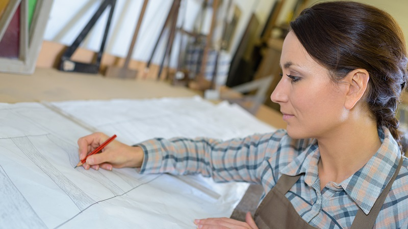 landscape architect drawing plans