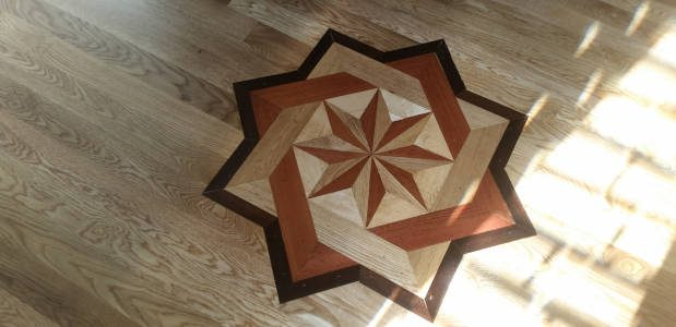 Hardwood Floor Inlays General Info Different Types
