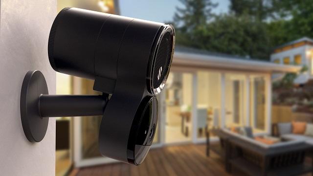 Deep Sentinel Smart Surveillance Camera presented at CES 2019