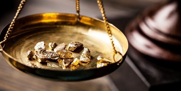 gold in a pan during the gold rush