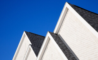 Rooflines consisting of architectural shingles